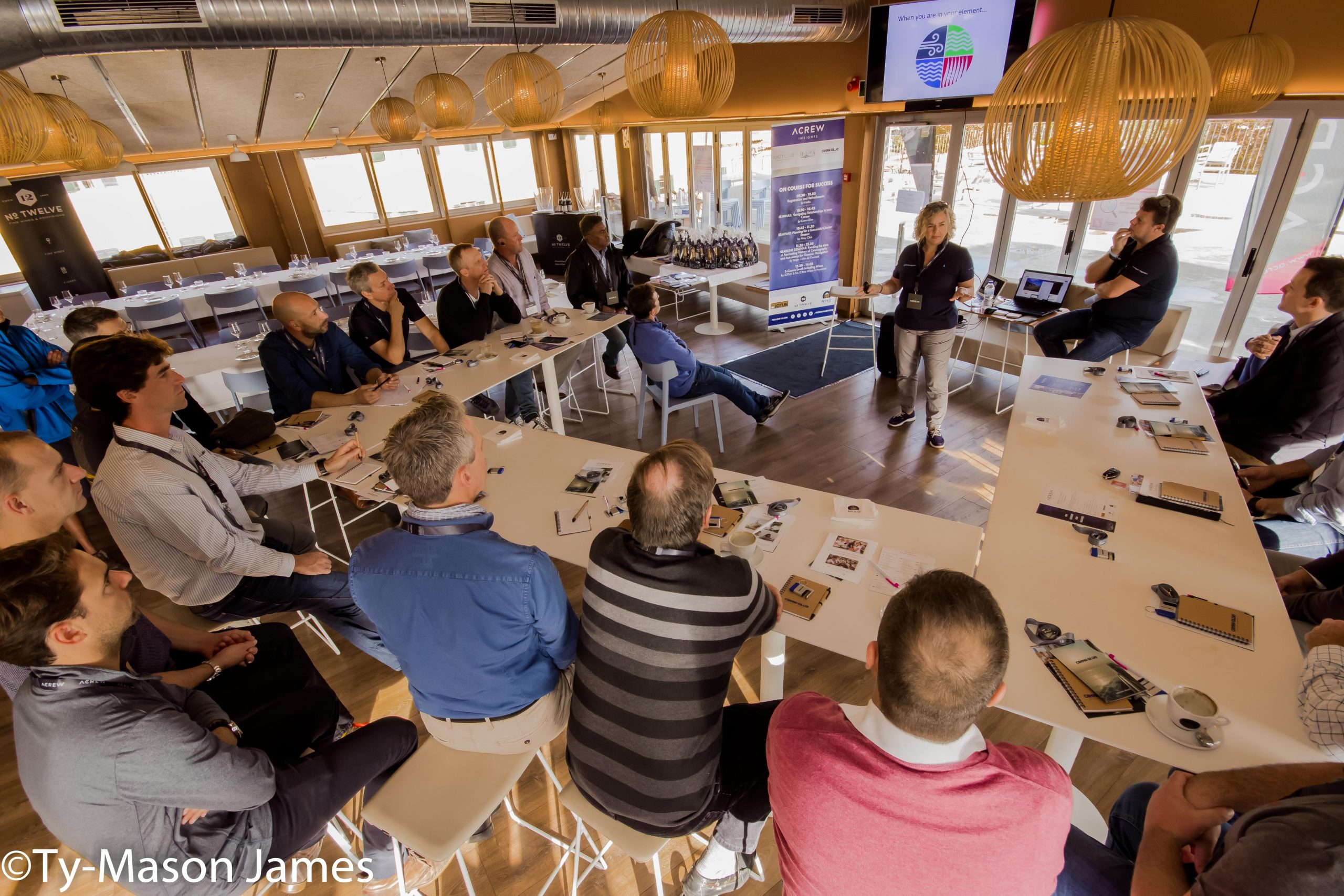 25 Captains & First Officers Join For The First Acrew Insights At Astilleros de Mallorca